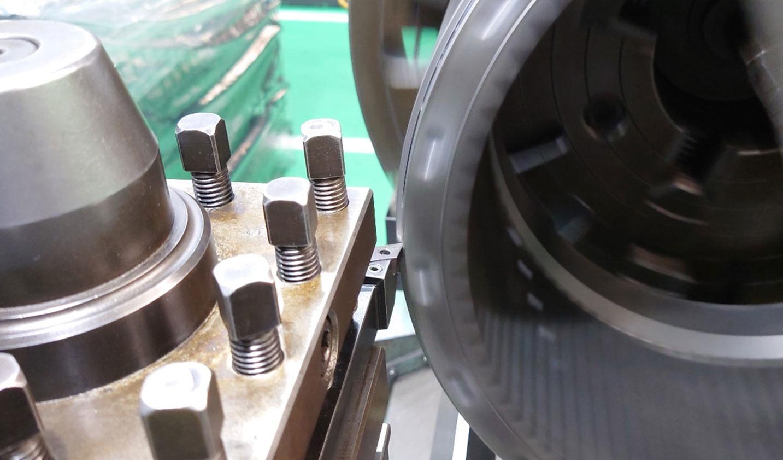 機械加工オペレーター